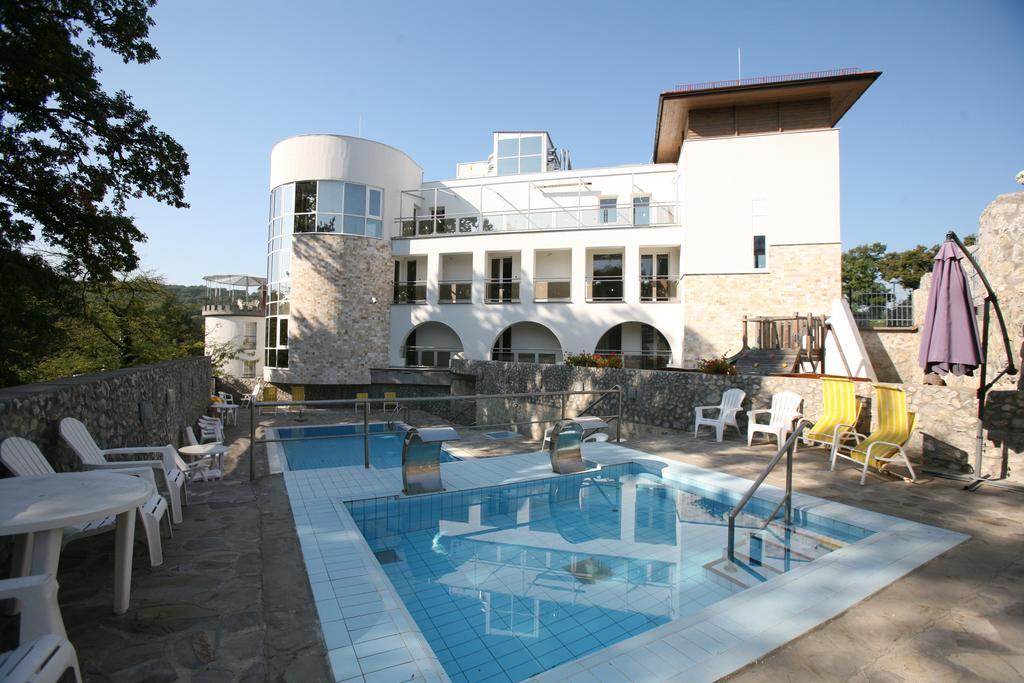 Bastya Wellness Hotel