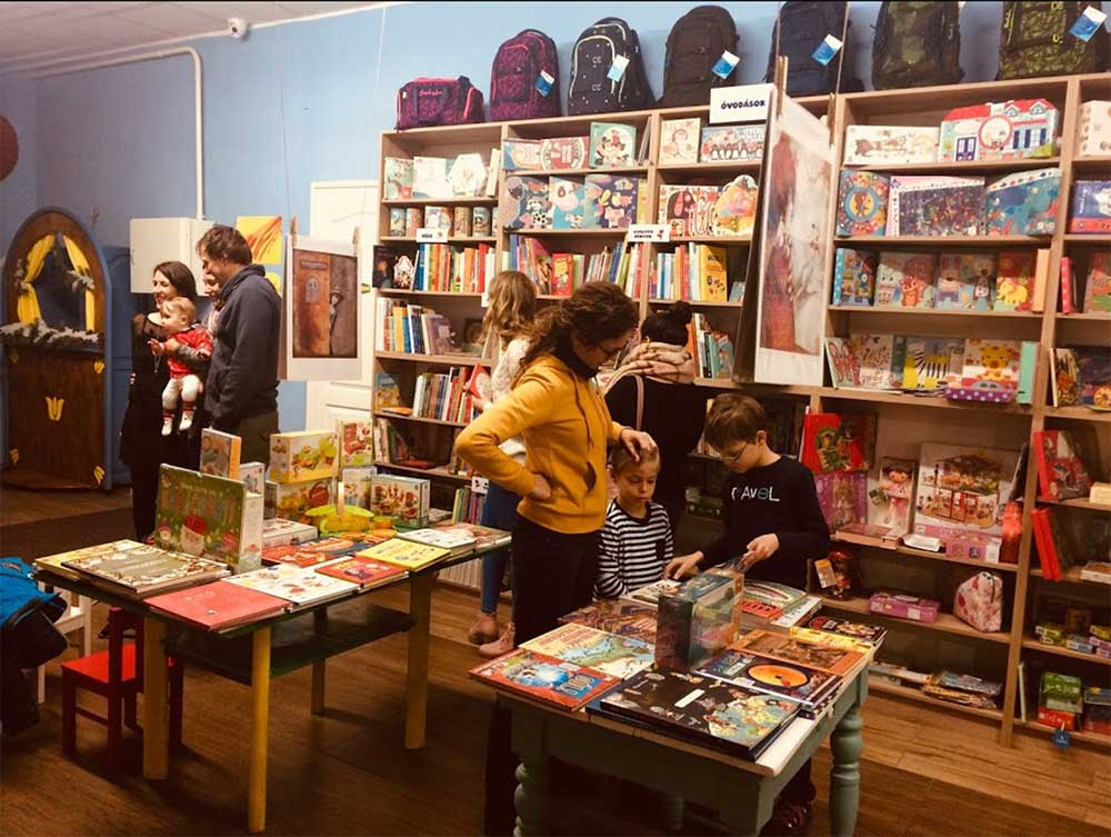 ÁkomBákom Szeged Gyerekkönyv- és játékbolt
