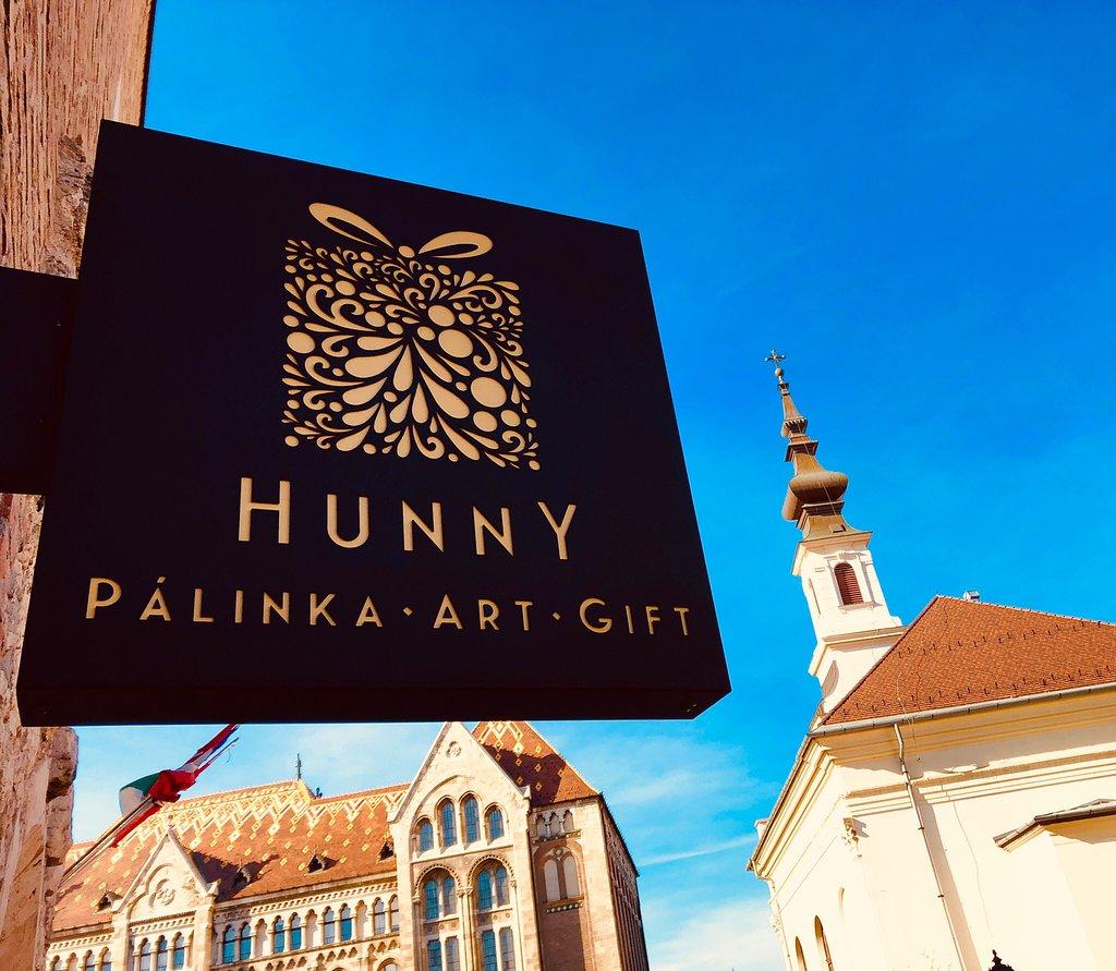 Hunny Palinka & Gift