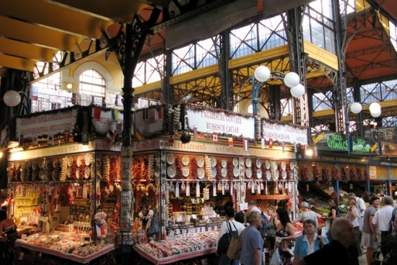 Ecseri Market